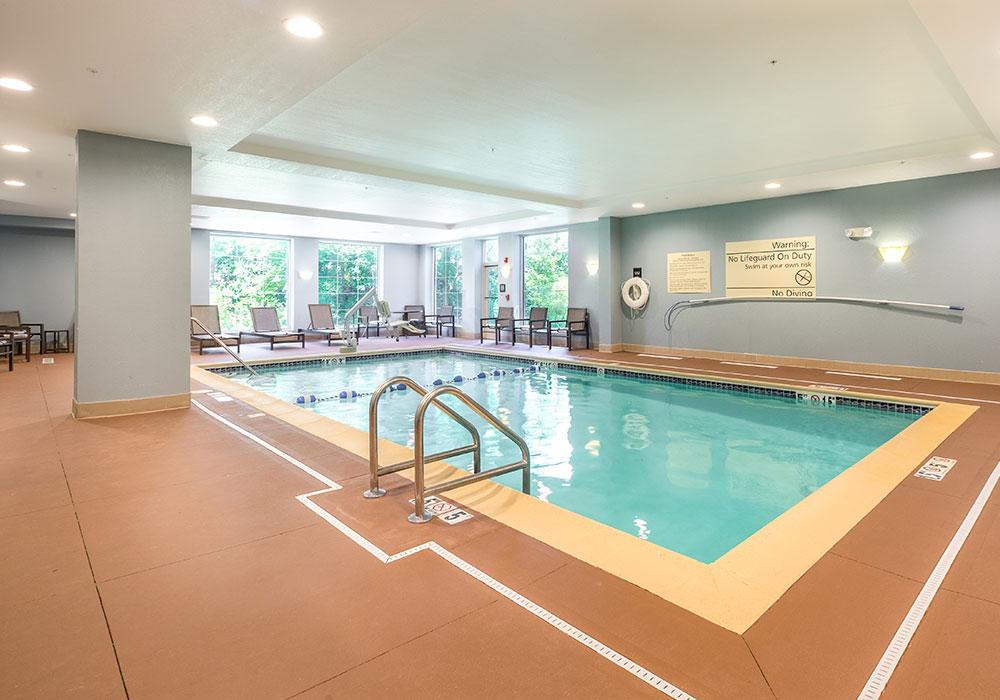 Hampton Inn Waterville Swimming Pool